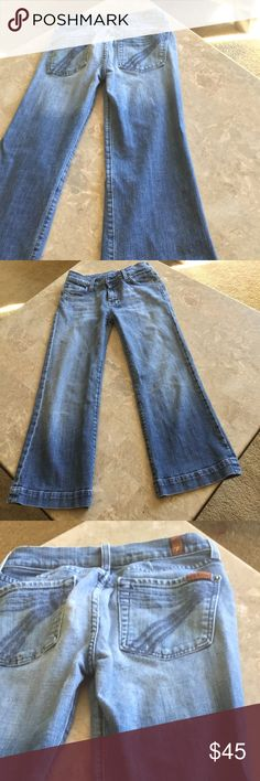 "7️⃣ for all mankind7️⃣ crop jeans 24"" inseam good condition!👖👖👖 7 For All Mankind Jeans Ankle & Cropped"