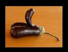 Best of Suggestive Looking Vegetables - 10 pics  (See more: http://www.pinteresthumor.com/2014/01/best-of-suggestive-looking-vegetables.html) Pinterest Humor - Funny Pictures #Funny #Food #Vegetable