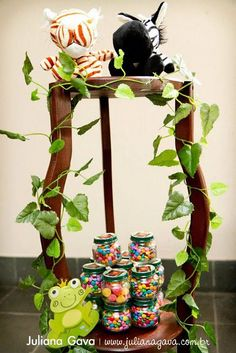 Jungle decorations... add vines to everything!