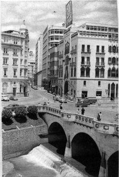 Puente Ortiz en la calle 12.                           Kimmel ChamatFOTOS ANTIGUAS SANTIAGO DE CALI
