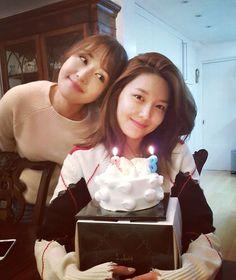 SNSD - Choi SooYoung 최수영 birthday tweet #셩이 #생일 #소녀시대