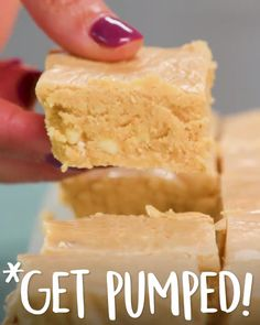 We'll be snacking on this all fall long. Pumpkin Pie Fudge These sweet little pumpkin Pie fudge squares feature canned pumpkin, white chocolate, and marshmallow creme. Fall Dessert Recipes, Köstliche Desserts, Desert Recipes, Fall Recipes, Delicious Desserts, Yummy Food, Easy Pumpkin Recipes, Easy Fall Desserts, Food Deserts