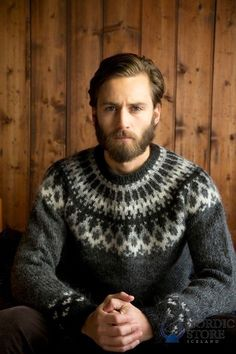 The Icelandic sweater is hand knitted from finest Icelanc wool yarn. The Wool Sweaters offers great selection of quality hand knitted sweaters. Nordic Pullover, Handgestrickte Pullover, Nordic Sweater, Men Sweater, Hand Knitted Sweaters, Wool Sweaters, Knitting Designs, Knitting Patterns, Tejido Fair Isle