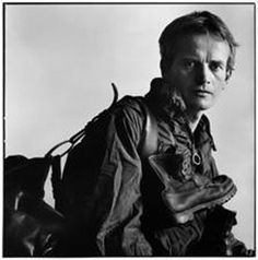 Bruce Chatwin famed bisexual English travel writer, novelist, and journalist and who died of AIDS in 1989 photo by Lord Snowdon Book Writer, Book Authors, Moleskine, Patrick Leigh Fermor, Outdoorsy Style, In Patagonia, Writers And Poets, Lectures, Portrait Photography