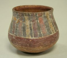 Nasca, Painted jar with stripes