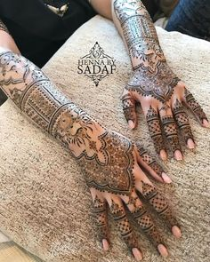 Latest trends in Beauty, Fashion, Indian outfit ideas, Wedding style on your mind? We bring to you hand picked collections for inspiration Mehndi Designs Front Hand, Latest Arabic Mehndi Designs, Indian Mehndi Designs, Back Hand Mehndi Designs, Mehndi Designs Book, Mehndi Designs For Girls, Wedding Mehndi Designs, Mehndi Patterns, Latest Mehndi Designs