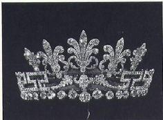 Spencer honeysuckle tiara