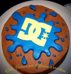 fondant cake blue splash DC shoes logo