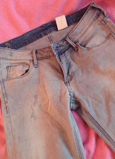 Kup mój przedmiot na #Vinted http://www.vinted.pl/damska-odziez/dzinsy/9879551-jasne-jeansy-z-hm-rozmiar-36