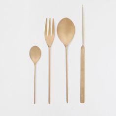 Zara Home Gold Cutlery Gold Cutlery, Flatware, Serveware Accessories, A Table, Dining Table, Bronze Kitchen, Photo Deco, Zara Home, Rustic Feel
