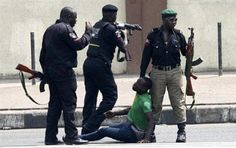 Welcome to Olusola Olaniyi's Planet blog : See the viral video of police committing atrocity ...
