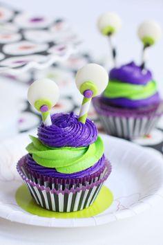 Halloween Monster Cupcakes - CUTE!