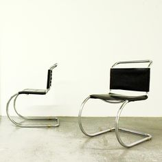 MR 10 Cantilever Chairs, Mies van der Rohe - Ludwig Mies van der Rohe -