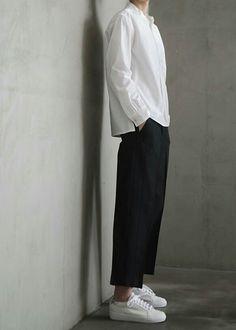Image by Heythereimdanna Androgynous Fashion Women, Normcore Fashion, Korean Fashion Minimal, Korean Fashion Men, Minimal Outfit, Casual Outfits, Fashion Outfits, Thrift Fashion, Aesthetic Fashion