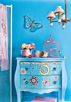 Love the teel with the purple for the girls room