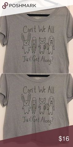 Cute graphic top Grey crop top with cute graphic design Aeropostale Tops Crop Tops