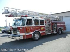 Saunders Volunteer Fire Company, Huddleston, VA - Ladder 10 - 2002 E-One…