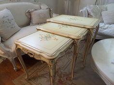 Vintage French Painted Italian Florentine Venetian Nesting Tables Shabby Chic