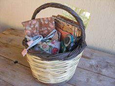 Quilter's basket, http://quiltingstories.blogspot.com/