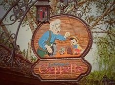 Geppetto's Toyshop | Pinocchio | Fantasyland | Disneyland Paris