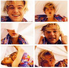 Eww i hate claire but Leo is so cute Leonardo Dicaprio Romeo, William Shakespeare, Romeo Montague, Jack Dawson, Boys Don't Cry, Leo Love, Bae, Boyfriend Goals, Retro Aesthetic