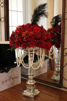 Gorgeous 40 Great Gatsby Wedding Centerpieces Ideas https://weddmagz.com/40-great-gatsby-wedding-centerpieces-ideas/