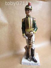 Porcelana de Capodimonte Italiana de Nápoles Soldado Officier des Hussards