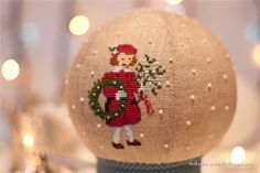 Cross stitch snow globe - amazing, never seen anything like it