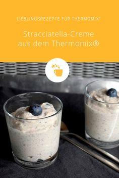 Stracciatella-Creme mit Blaubeeren