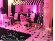 Mmm A night in Paris will be the  theme for my daughter's quinceañera.