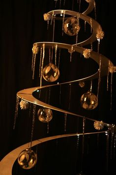 tannenboing Aluminum 6ft Suspended Tree $495