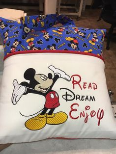 Perfect for Joe Pillow Embroidery, Embroidery Monogram, Machine Embroidery Applique, Embroidery Ideas, Embroidery Thread, Machine Embroidery Projects, Machine Quilting, Quilting Projects, Sewing Projects