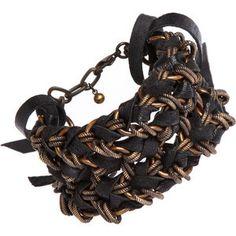 Passo a passo de pulseira de corrente com cordão de couro e mais idéias!