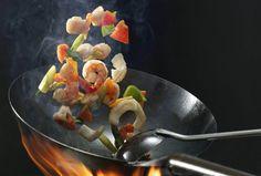 Asia la tine in bucatarie. Descopera 4 feluri in care sa gatesti la wok - www.foodstory.ro