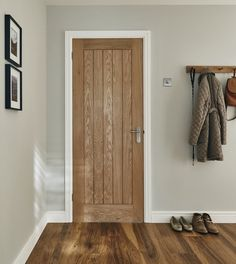 The stylish, Holdenby Oak door would suit both classic and contemporary interiors. This style is also available as a fire door. White Wooden Doors, Internal Wooden Doors, Custom Wood Doors, Timber Door, Oak Fire Doors, Oak Doors, Front Doors, Panel Doors, Entry Doors
