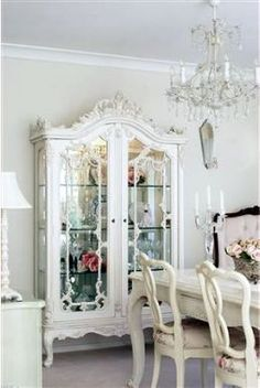 Shabby Chic Furniture For Sale In Ipswich for Home Decor Diy Ideas; Shabby Chic Furniture Tampa once Home Decor Shops Kelowna Chic Interior, Chic Home Decor, Shabby Chic Interiors, Furniture Makeover, French Country Interiors, Shabby Chic Decor, Shabby Chic Furniture, Shabby Chic Homes, Chic Furniture