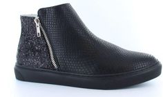 For the love of shoes Tango Shoes, It Takes Two, Chelsea Boots, Take That, Ankle, Fashion, Moda, Wall Plug, Fashion Styles