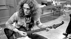 """Allen Collins' """"Free Bird"""" Guitar Solo Is An Absolute Masterpiece 