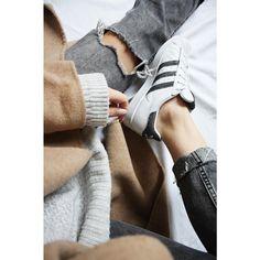 Sneaker look by Paulina Sophie