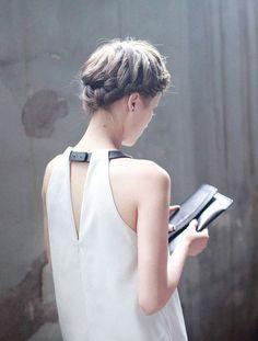 détail du col. double matière #dress #fashion #white