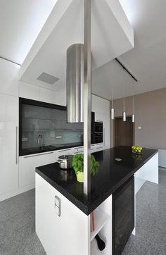 White Kitchen  www.o-p-a.cz