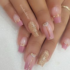 #unhasdecoradas  #unhasemgel #unhaschic #blogueirinhas #unhasfashion  #unhasmoldadas  #unhasdomomento #amogel  #ballerinanails Aycrlic Nails, Love Nails, Swag Nails, Pretty Nails, Pink Acrylic Nails, Pink Nails, Glitter Nails, Bridal Nails, Square Nails