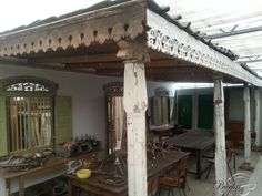 Might have found the pergola for my garden! Brocante Antique carving wood old wooden decoration - Decorations - Burbri Reclaimed Building Materials, Wooden Decor, Home Accessories, Hardwood, Pergola, Carving, Outdoor Structures, Garden, Outdoor Decor