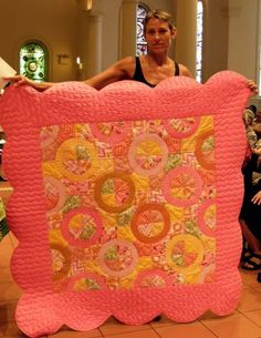 Baby Bubbilicious  Victoria Findlay Wolfe..... I don't know who she is but that quilt is fabulous!!
