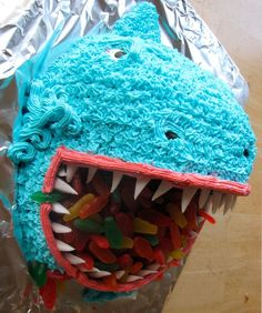 Shark Cake-->Looks like it could easily be modified into a dino cake