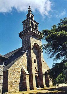 Ploulec'h : clocher de l'église du bourg * Tour iliz ar bourg