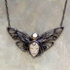 Madam Butterfly II. / Zboží prodejce KB šperky | Fler.cz Jewelery, Jewelry, Jewellery, Jewelry Shop, Jewel