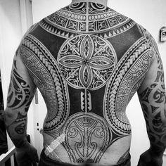 Amazing #tattoo #art by @higginsandco  #tattoo #tattoed #ink #inkart #inked #blackandwhite #ingravidos I