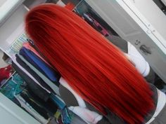 I've always secretly wanted bright red hair, but I doubt that it would look good with my natural curls. Hipster Hairstyles, Pretty Hairstyles, Straight Hairstyles, Daily Hairstyles, Long Haircuts, Braid Hairstyles, Hairstyles Haircuts, Catty Noir, Bright Red Hair