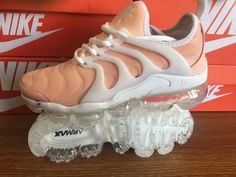 Cheap Nike Air Max Plus TN 2018 Womens shoes Pink for Wholesale and Discount Only Price $62 To Worldwide Free Shipping WhatsApp:8613328373859